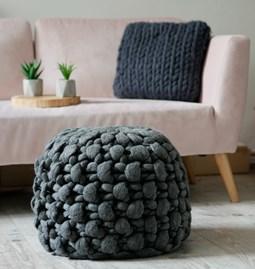 Moss chunky knit pouf - graphit