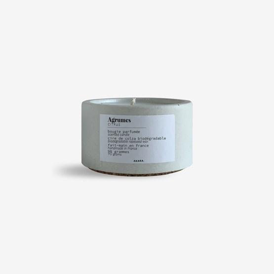 Scented concrete candle - Citrus - Design : AKARA.