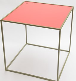 Table M - Olive/Framboise