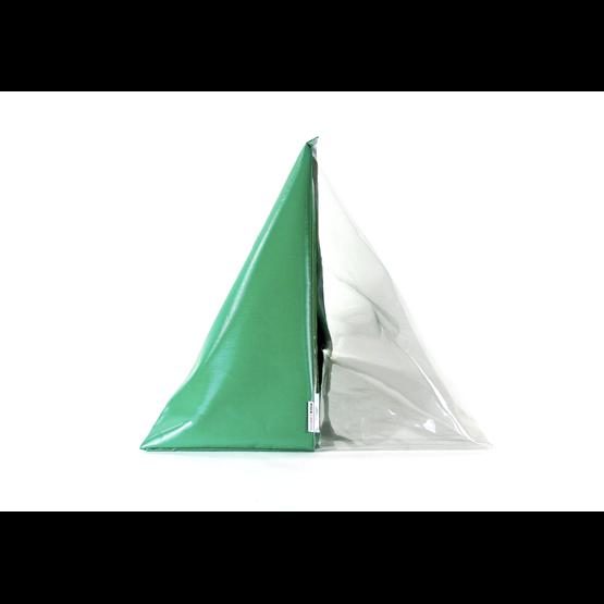 """""""A"""" of OLA - beach chair - green - Design : Flora Koel"""