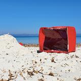 """""""O"""" of OLA - beach chair - red 2"""