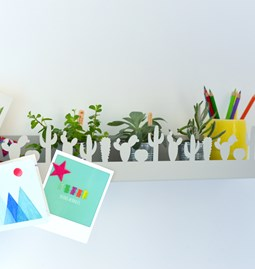 Cactus wall shelf - Silky grey
