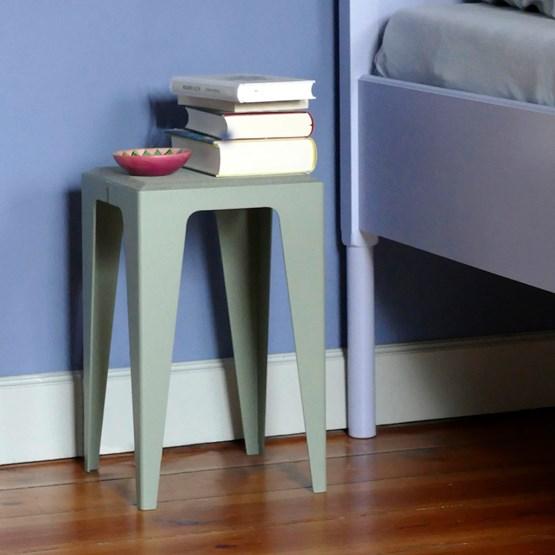Tabouret CHAMFER - Feuille de Lavande Verte - Design : WYE Design