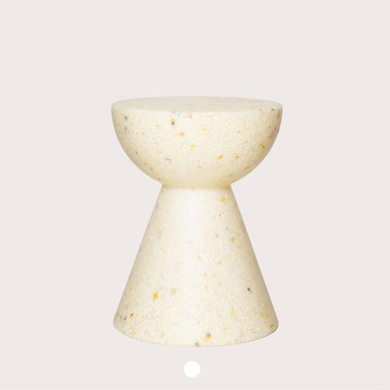 Tabouret April Moon - jaune - Design : Wild Studio