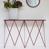 GIRAFFE console table - Beetroot  3