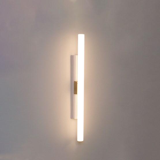 Lampe GREFFE tilleul laqué Ivoire - Design : François Bazin Studio