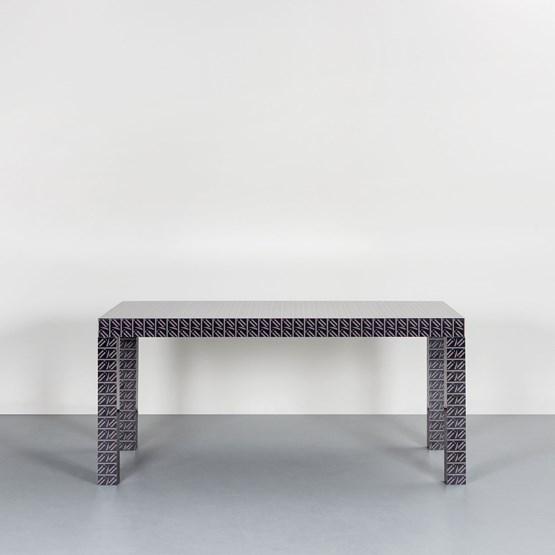 Hitan table - Black California - Design : Chapel Petrassi