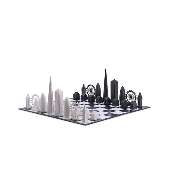 Skyline Chess London Edition - Chess Game - Design : Skyline Chess
